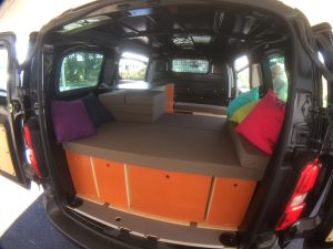 Toyota_ProAce_Medium_Combi_Homely